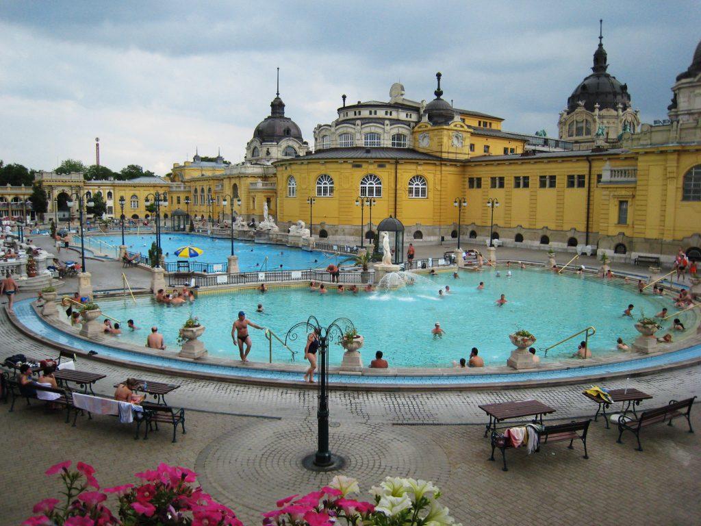 Budapest Bath -Danubio Budapest
