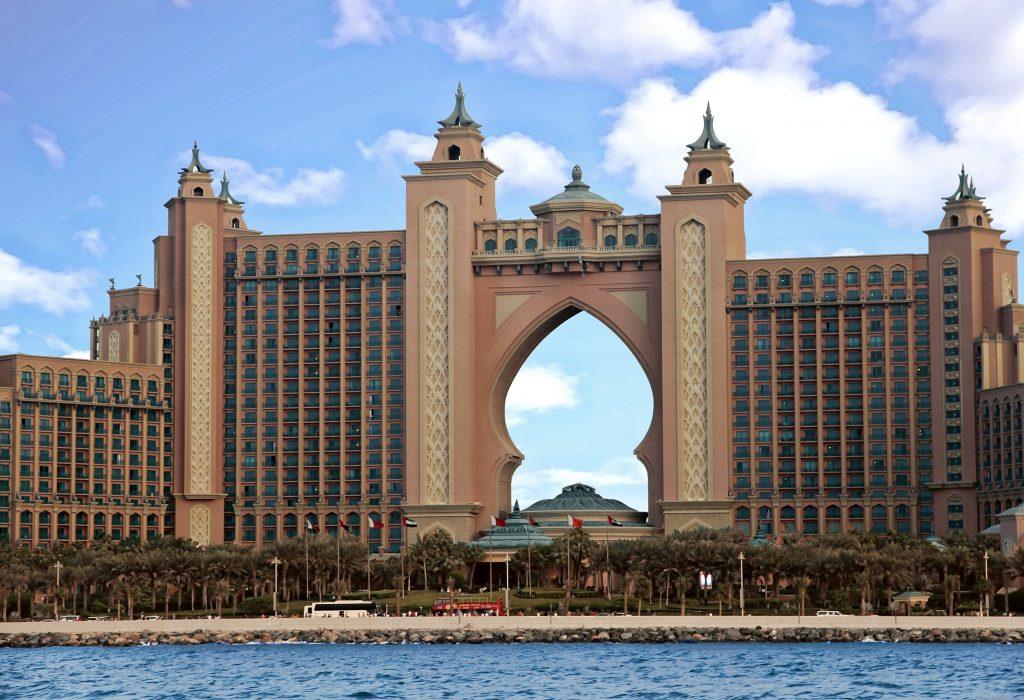 Luxus hotel Mövenpick  7 tage Dubai mit Flug