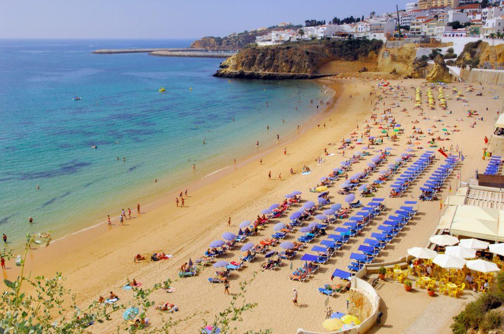 Portugal, Algarve, Albufeira: Beach