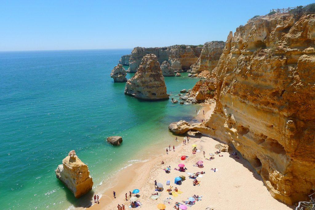 praia da marinha algarve portugal