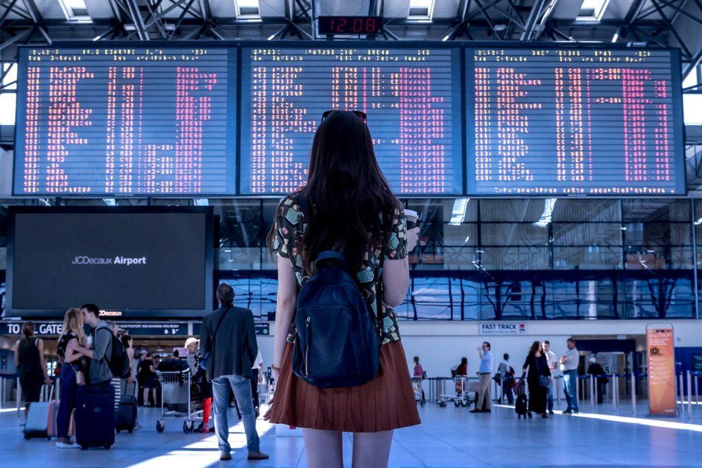 Reisen und Sparen - Flughafen Bilder