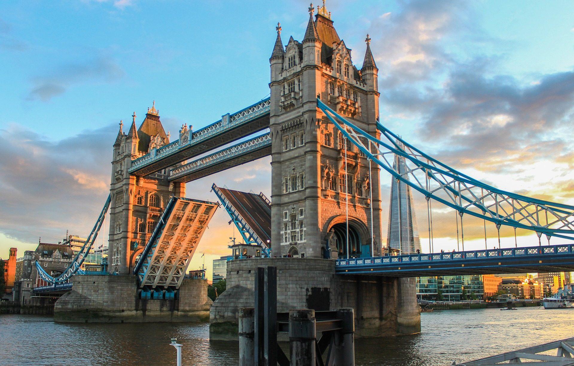 Günstige Reise nach London Hotel - ab 7,00€ die Nacht Flüge ab 7,82 € 1
