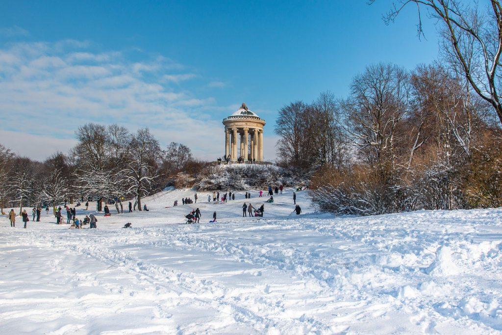 München bei Kaltem Wetter Schnee