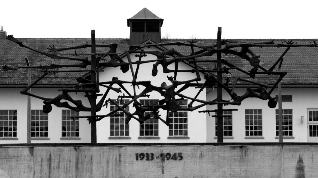 Tagestour ins KZ Dachau ab München für 25,00€
