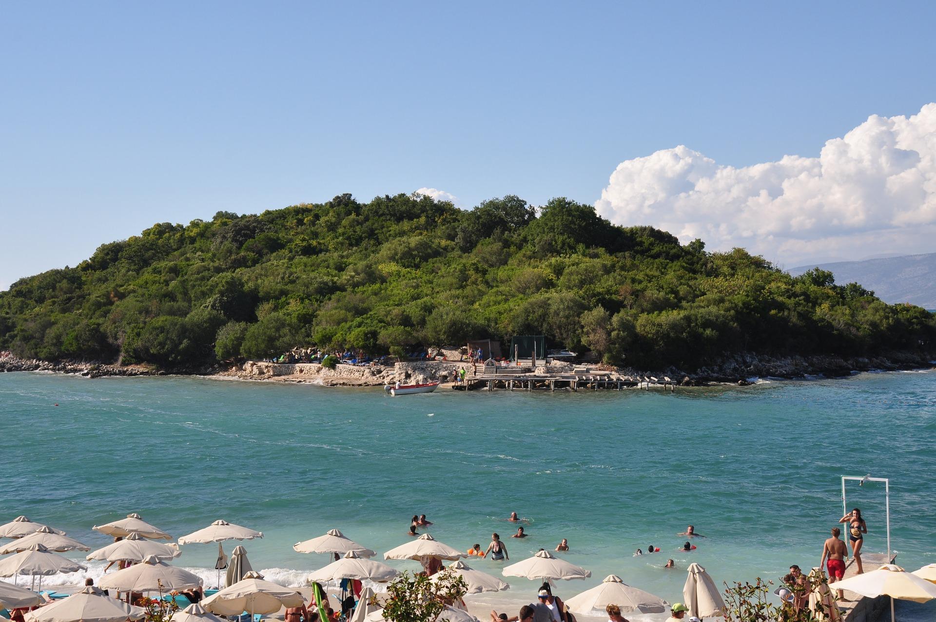 Badeurlaub in Albanien - unentdeckte Traumstrände
