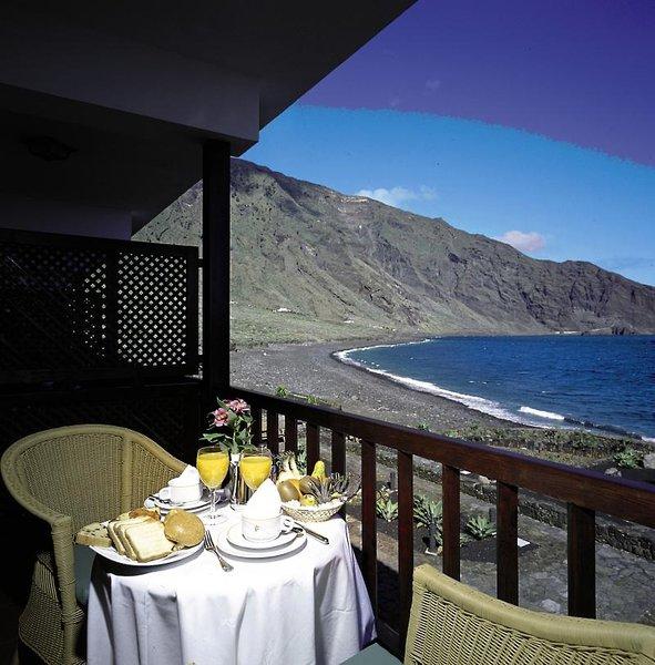 Balkon direkt am Hotelzimmer mit Meeresblick