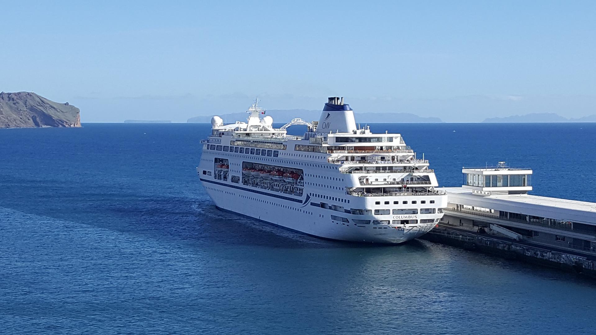 Black Friday bei AIDA - Kreuzfahrt im Mittelmeer -Kreuzfahrten gibt's nur günstiger als Pirat ab 599,00€