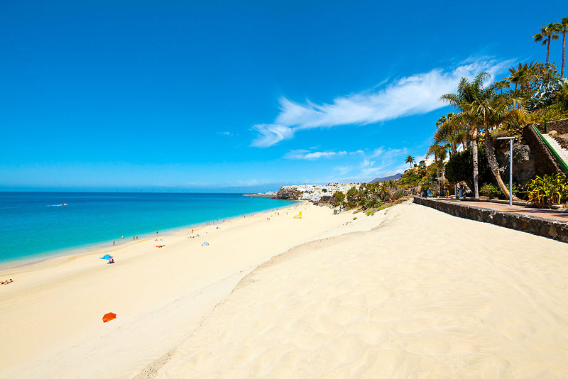 Der Strand am Hotel - Kurzurlaub Fuerteventura günstig buchen ab 256,46€ - 5 Nächte All Inclusive