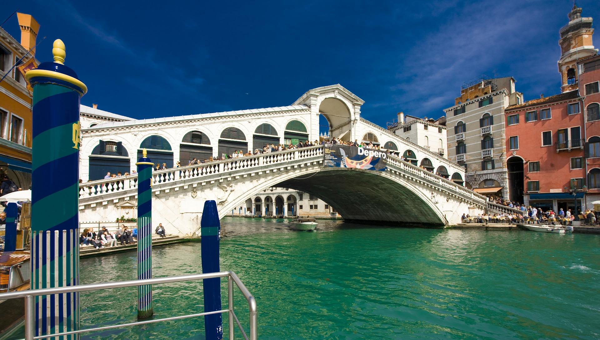 Die Kanäle von Venedig buch eine Gondelfahrt