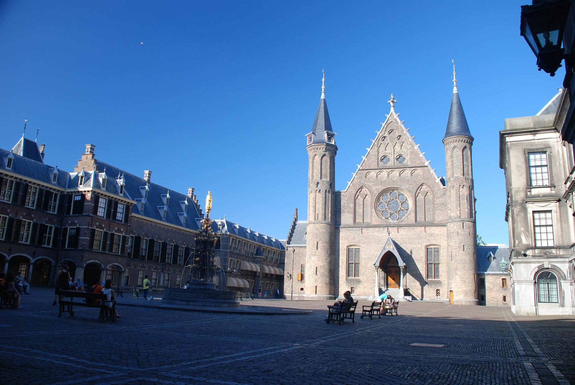 Flusskreuzfahrt Vollpension Buchen - 5 Tage durch Holland ab 629,00€ - Den Haag