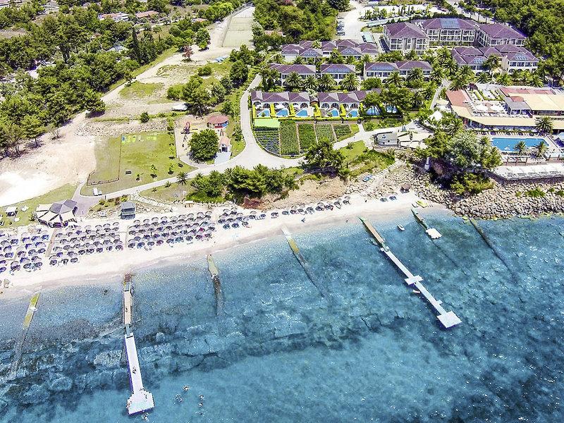Hotelanlage von oben Alexandra Beach Thassos Spa Resort günstig buchen