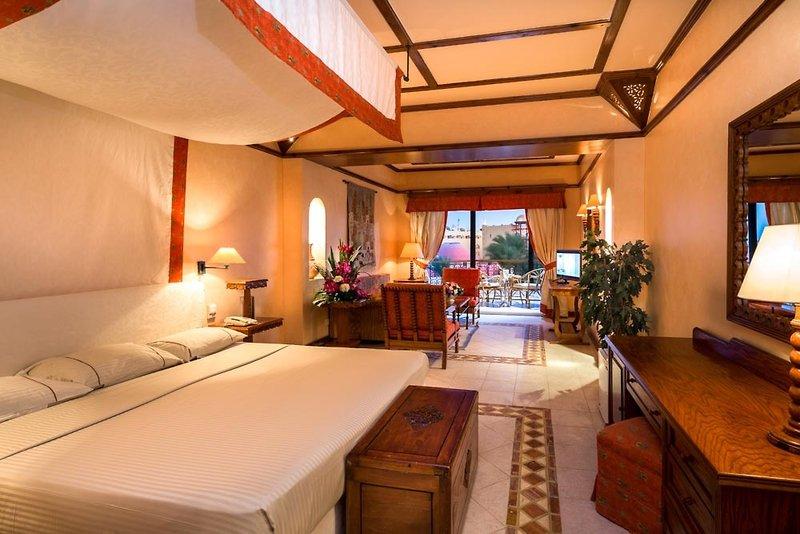 Hotelzimmer im Grand Resort Hurghada - Badeurlaub