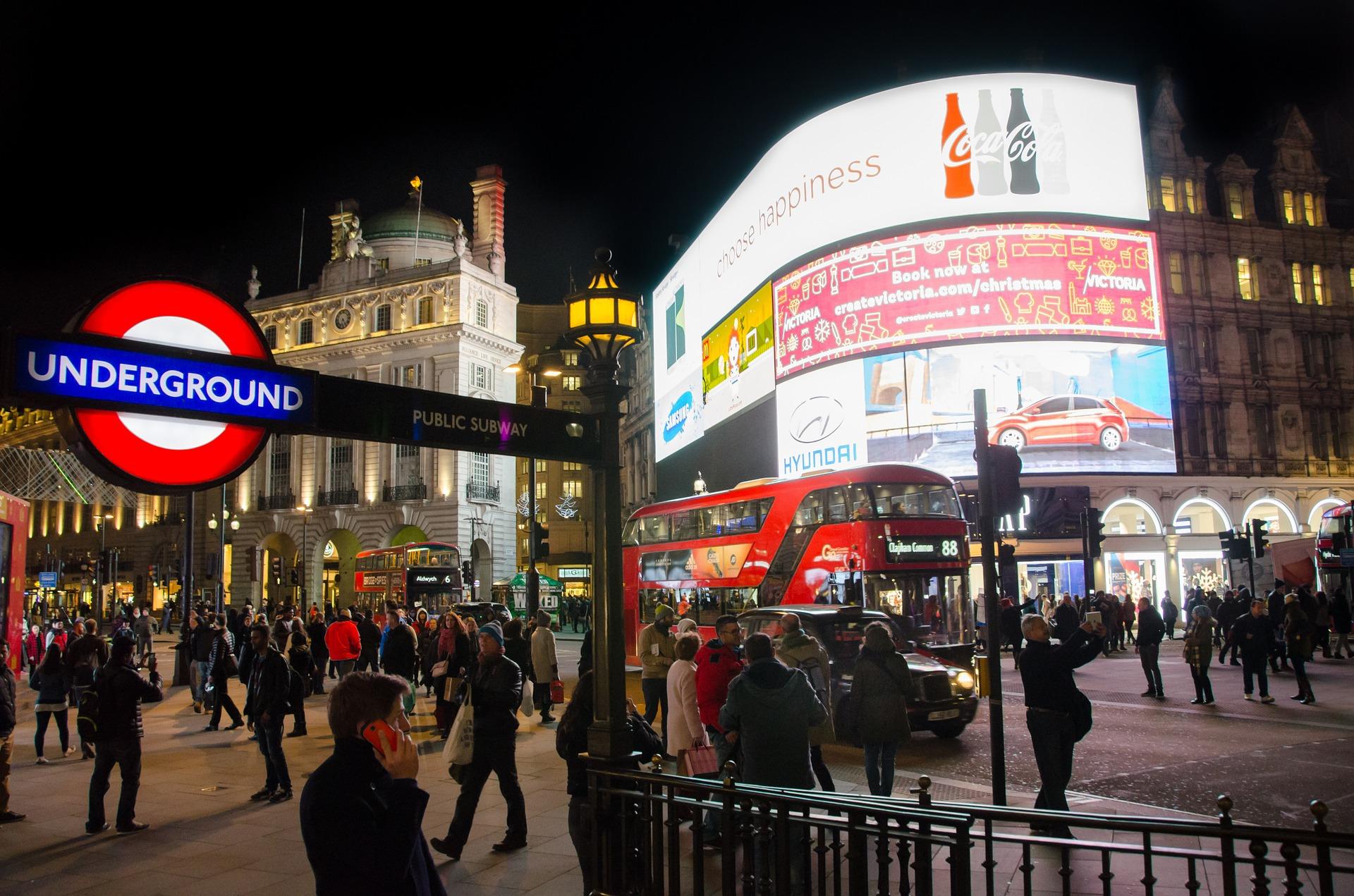 In der nähe vom Piccadilly Circus befindet sich das Prince Edward Theatre