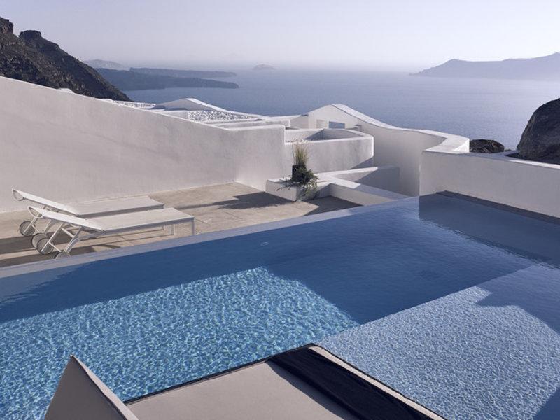 Luxusurlaub auf Santorin im Cavo Tagoo Santorini eine Woche ab 2251,00€