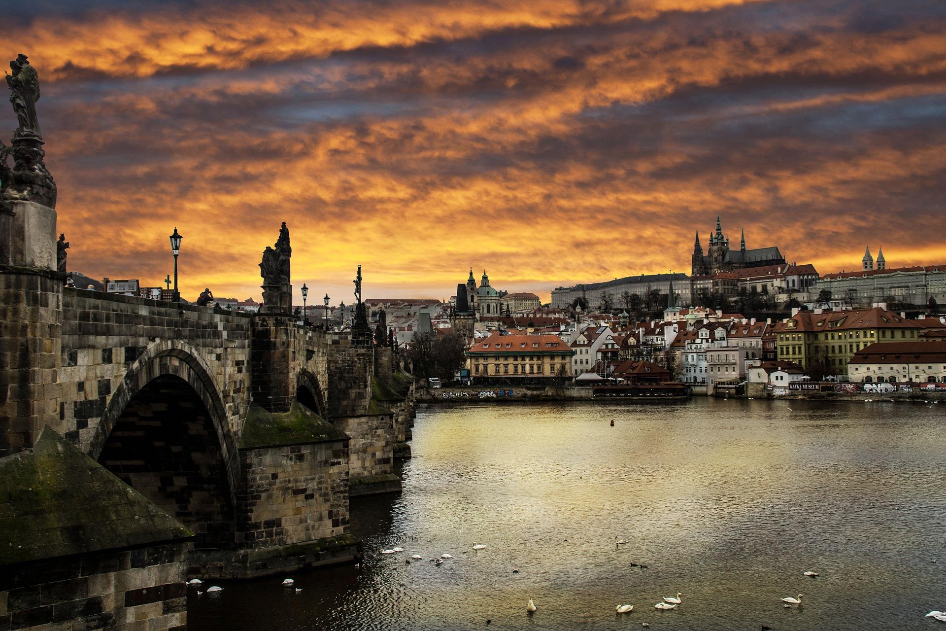 Moldau in Prag günstig Buchen ab 9,00€ die Nacht mit Frühstück