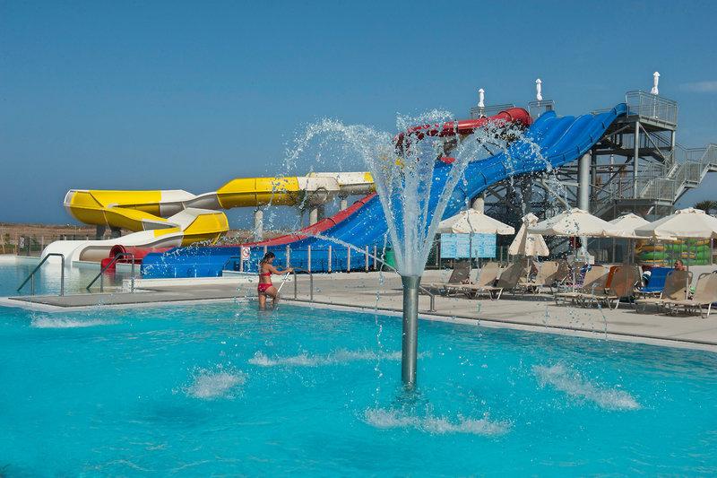 Pool vom Hotel All Inclusive Urlaub 2019 in Südzypern Ab 371,00€ Pro Person