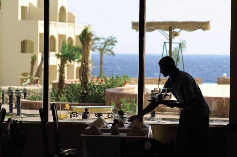 Restaurant mit Meeresblick im Nada Resort-am roten Meer