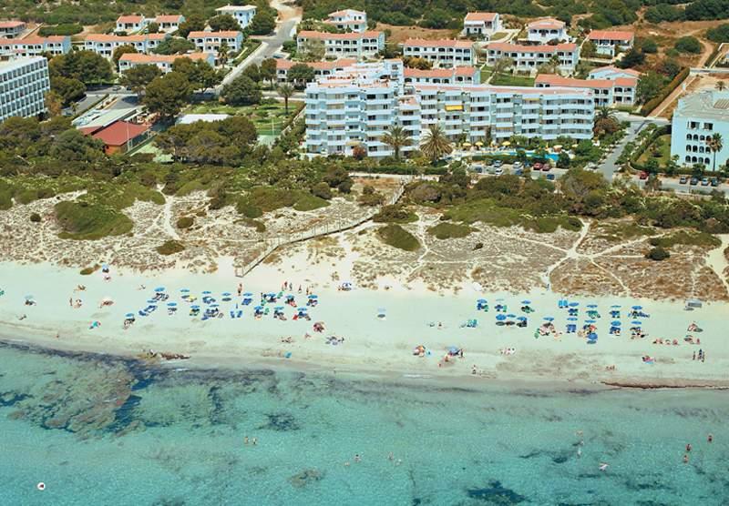 Sie planen Urlaub auf den Kanaren- der Strand am Hotel