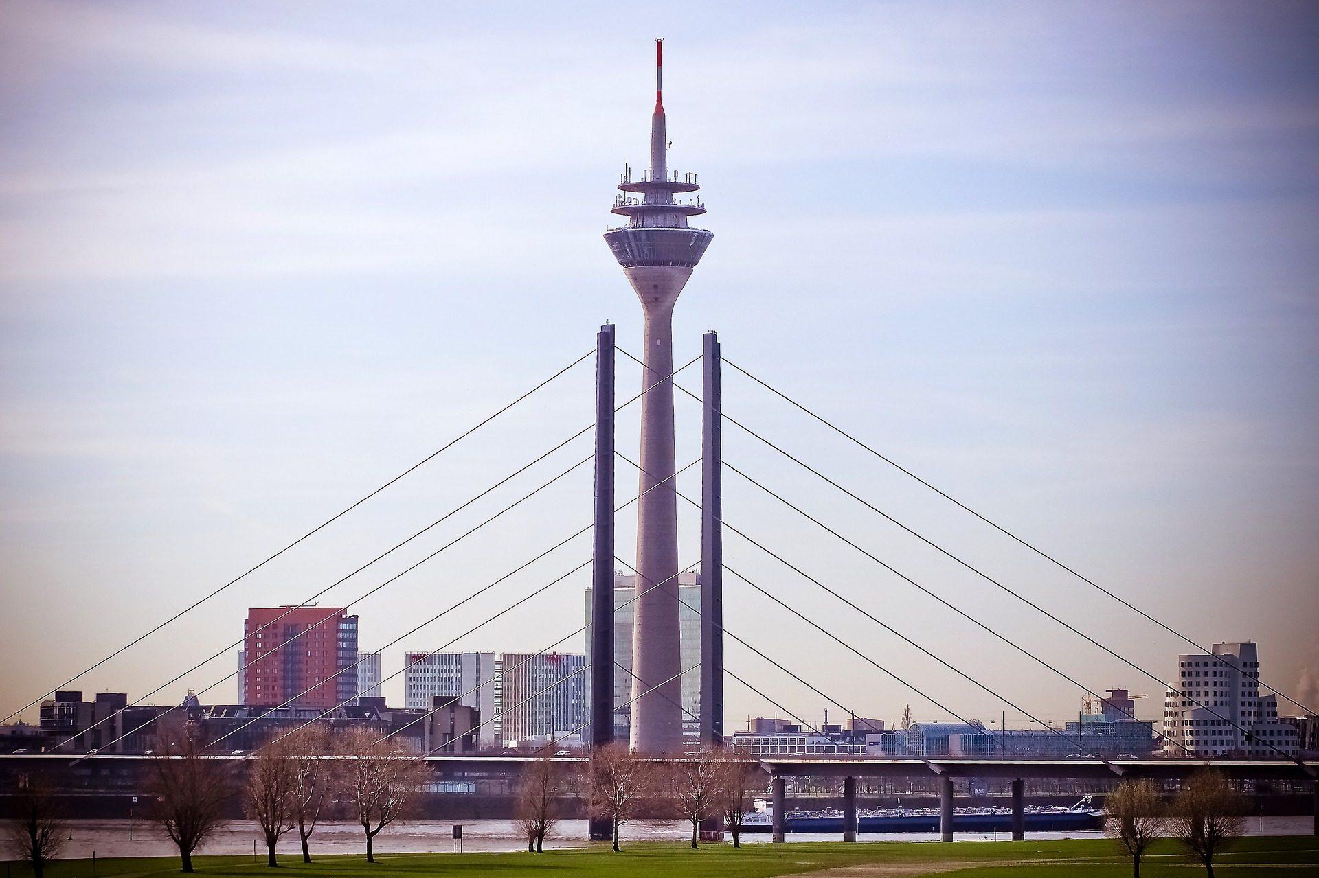 Silvester feiern in Düsseldorf 2 Nächte ab 74,50€ p.P + Frühstücksbuffet