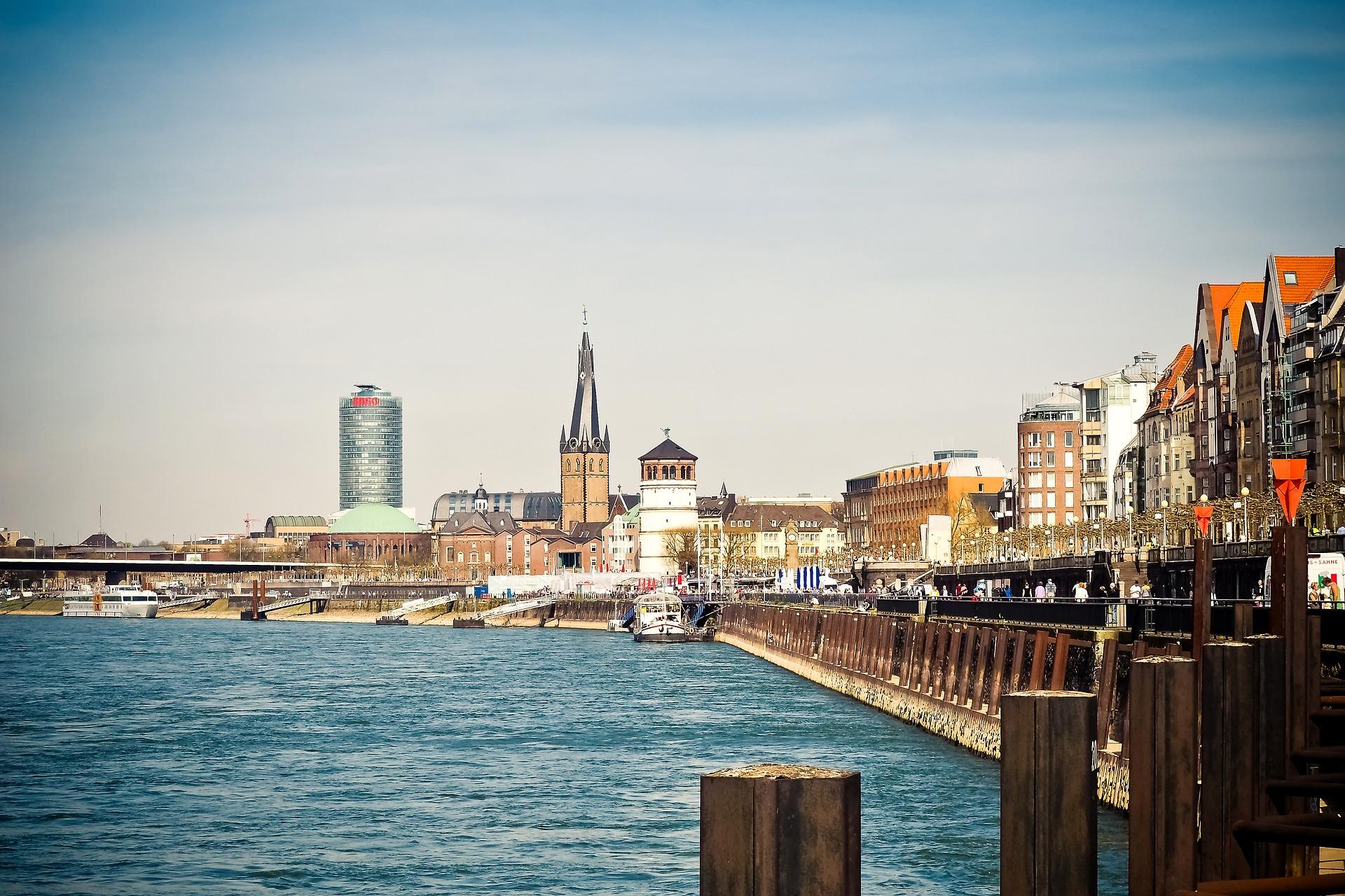 Silvester feiern in Düsseldorf 2 Nächte ab 74,50€ p.P Rhein