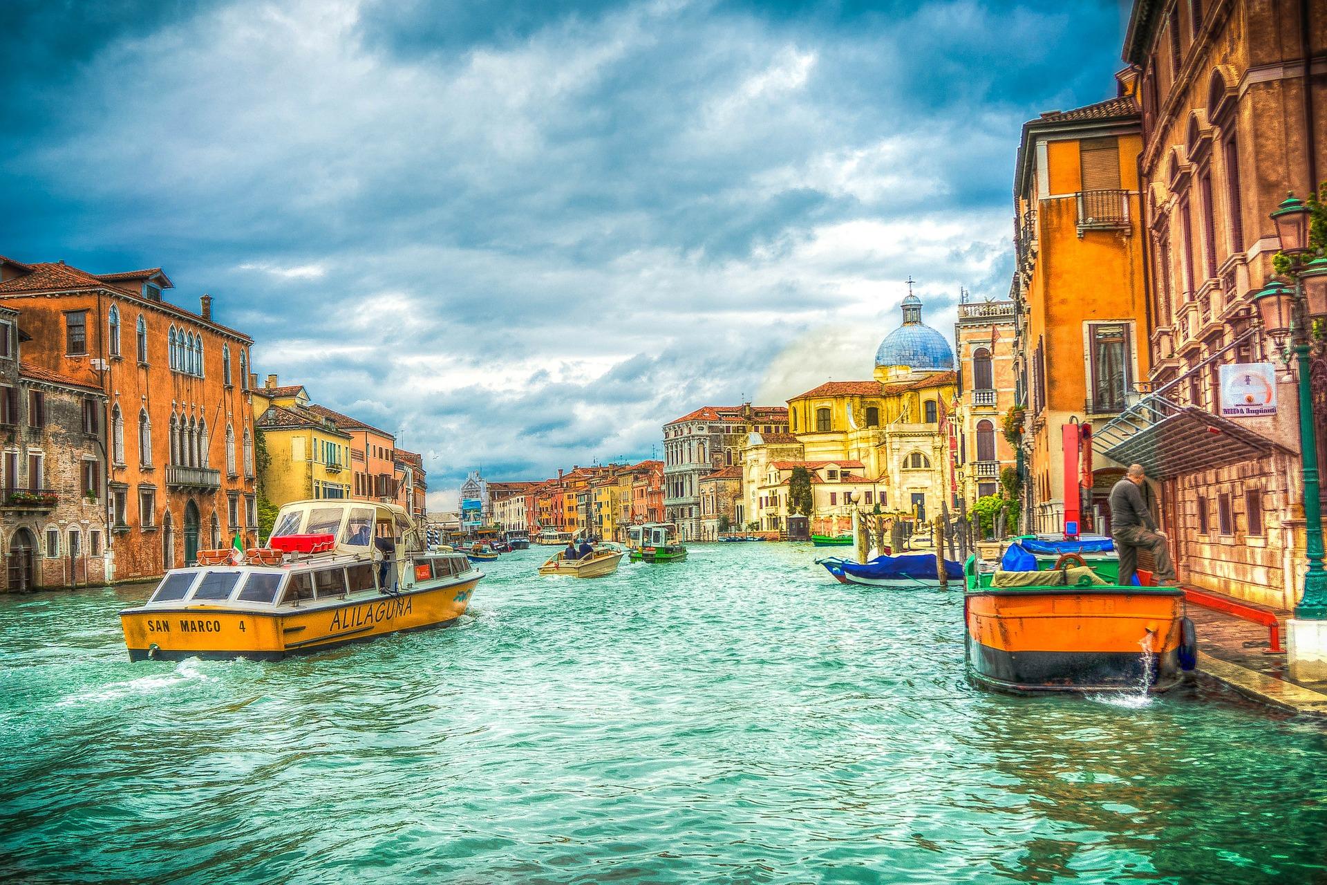 Städte Reise nach Venedig Gondelfahrten ab 32,00€ günstig buchen