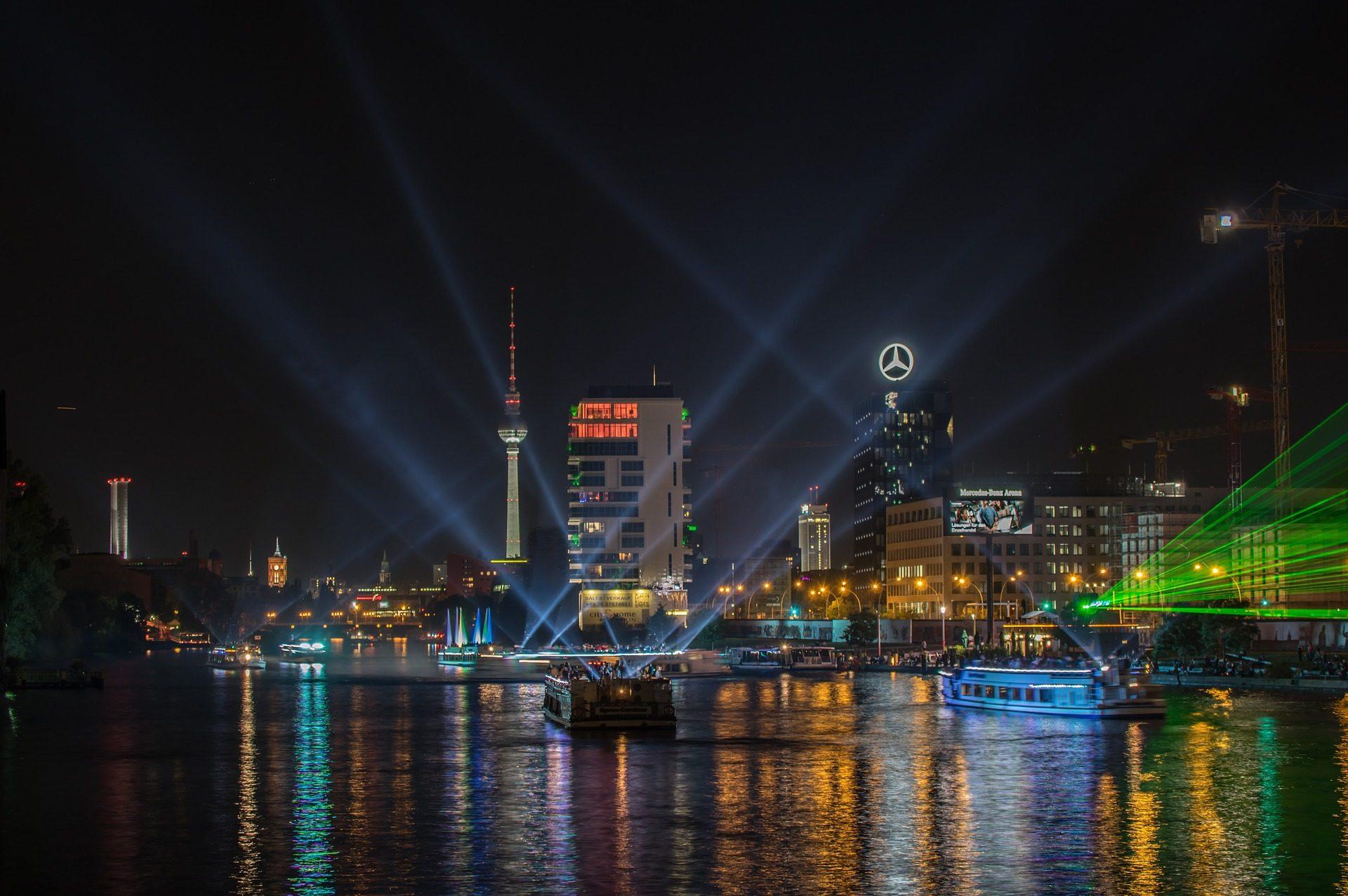 Von Köln nach Berlin Flug & Hotel ab 90,00€ - eine Woche Berlin ab 202,00€