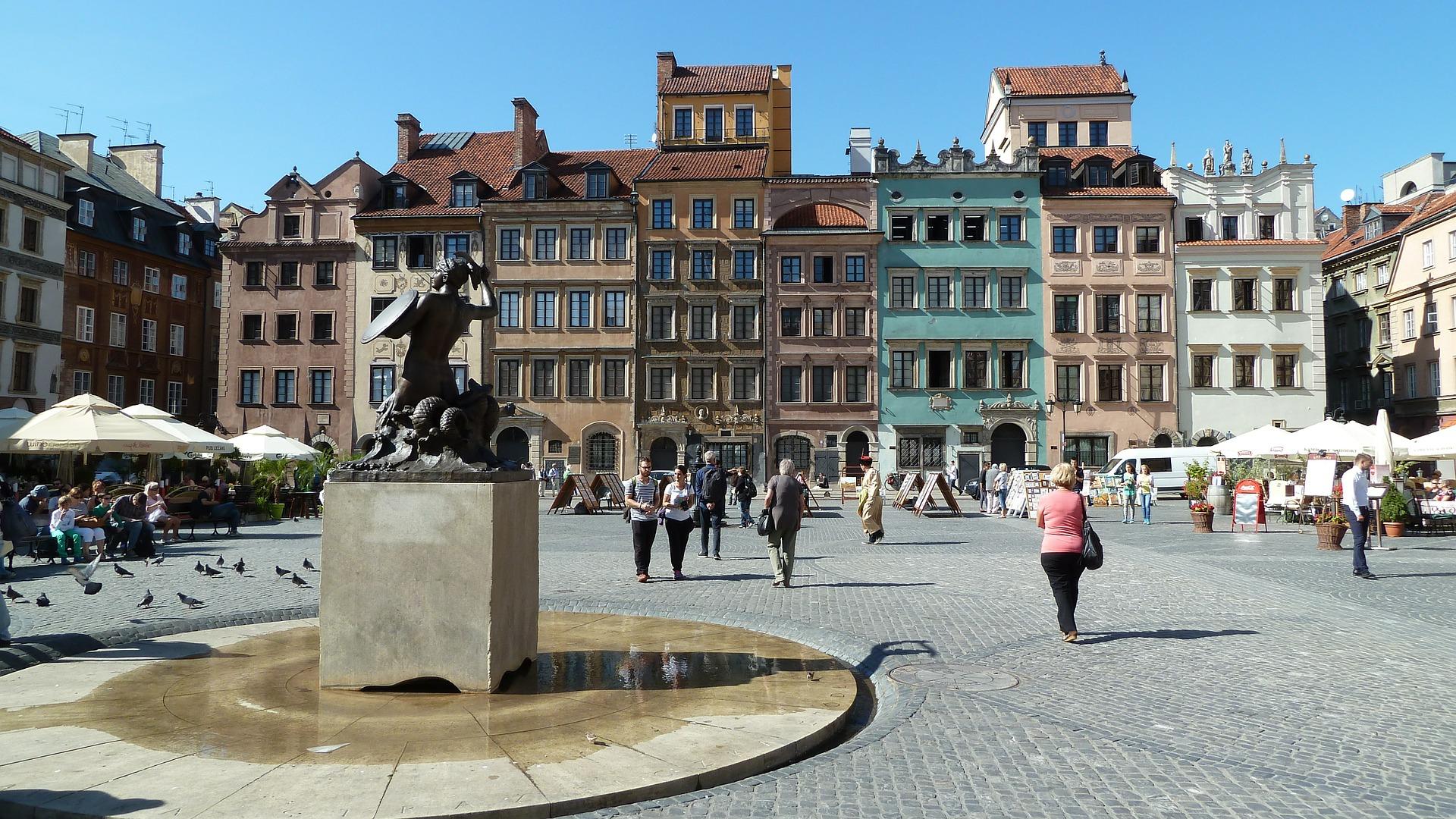 Weltkulturerbe Altstadt von Warschau - Städte Reise Warschau günstigen Flug + Hotel ab 59,98€ 2 Nächte