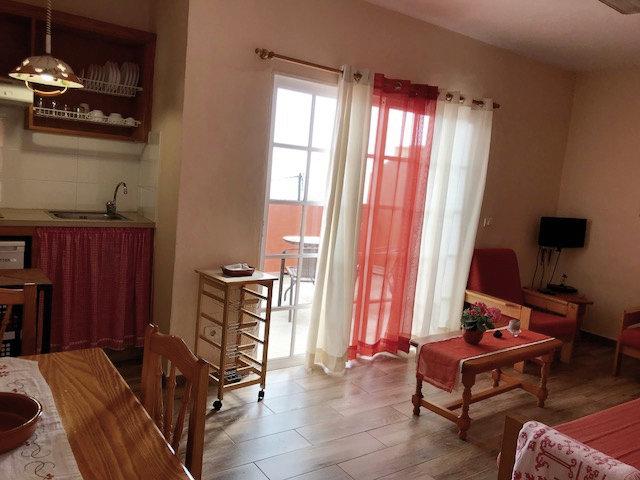 Wohnzimmer + Küche Ferienwohnung auf La Palma eine Woche günstig ab 210,00€ p.P