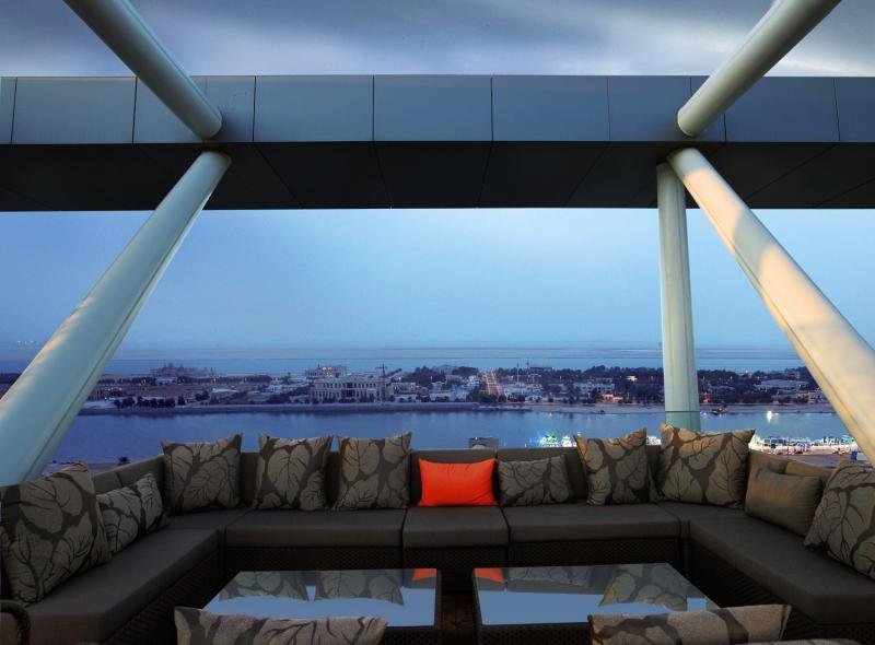 Abu Dhabi Warner Bros Wolrd Karten & Urlaub im besten Hotel Luxusurlaub in den Emiraten