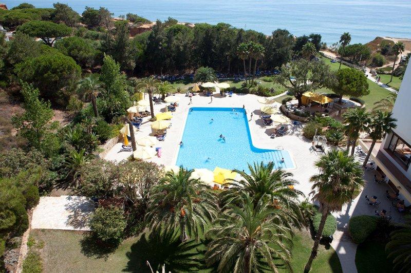 Algarve Gardens Pool am Praia da Falésia