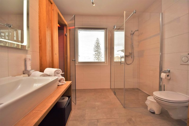 Badezimmer im Resort Tirol Sportklause Wildschönau 4 Sterne