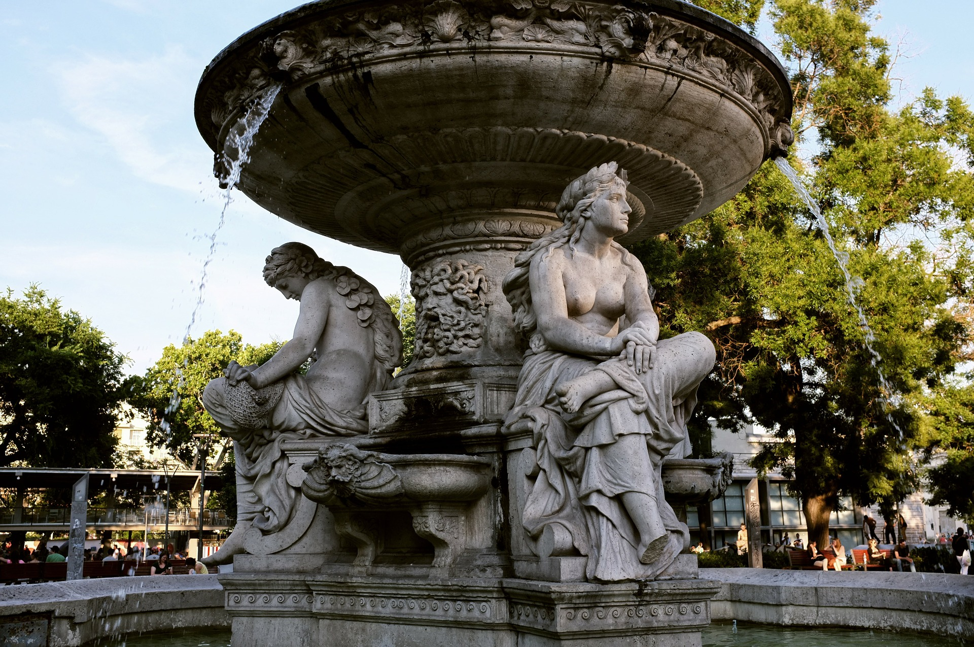Brunnen Fountain in Budapest