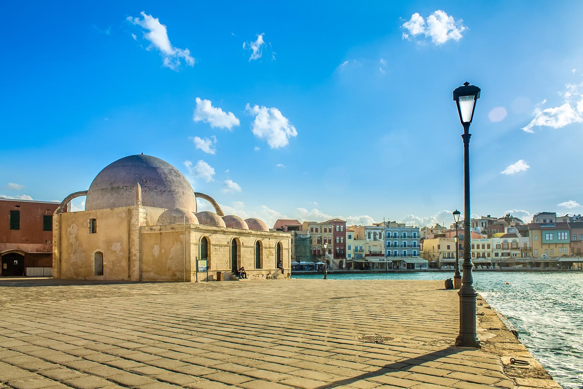 Chania die Altstadt am venezainischen Hafen -Kreta Reise