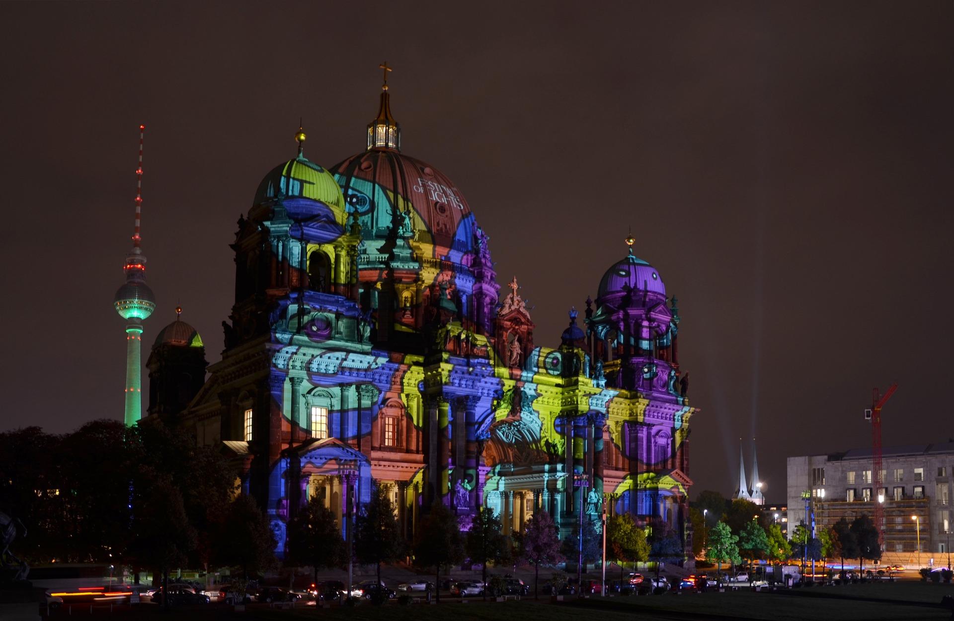Die besten Graphikdesigner sind in Berlin wie man Sieht beweisen die Berliner sich beim Lichterfestival