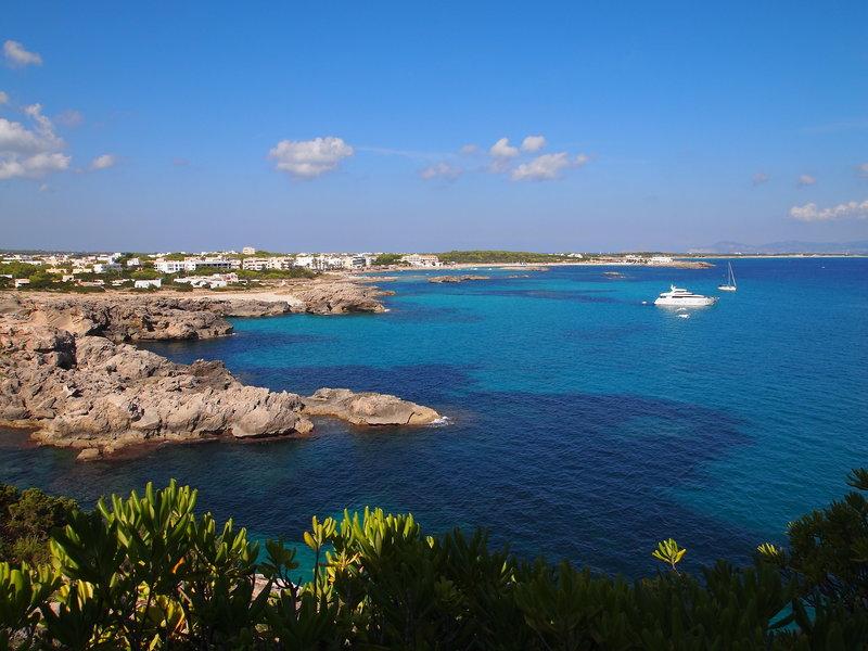 Formentera Es Pujols Urlaub auf den Balearen ab 253,00€ Halbpension