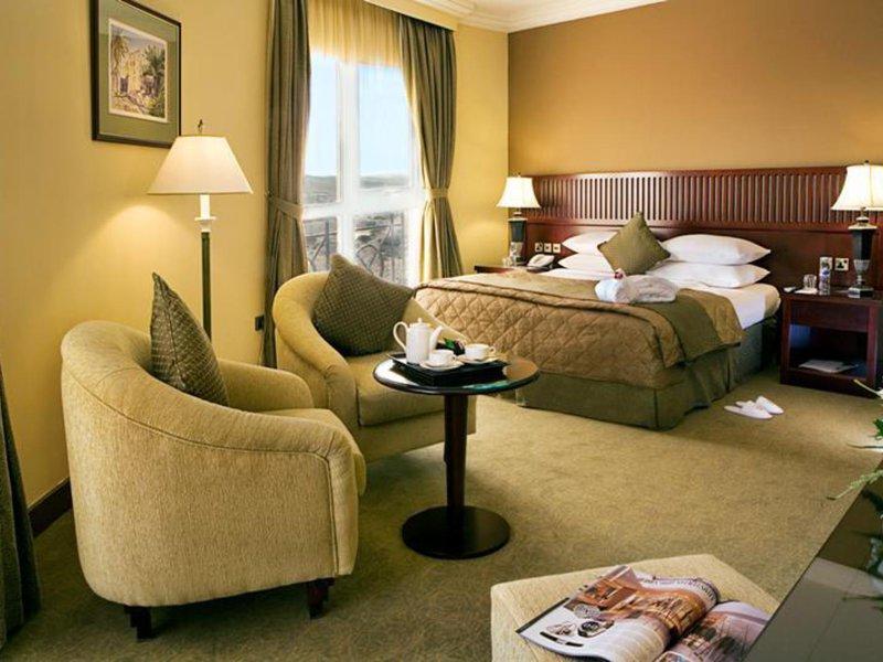 Hotel Zimmer im golden Tulip Khatt Springs Resort & Spa