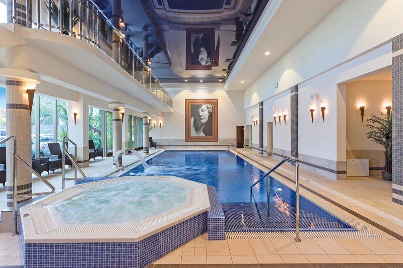 Indoor Pool während des Henkenhagen Wellnessurlaub in Polen ab 20,70€ die Nacht - Ustronie Morskie