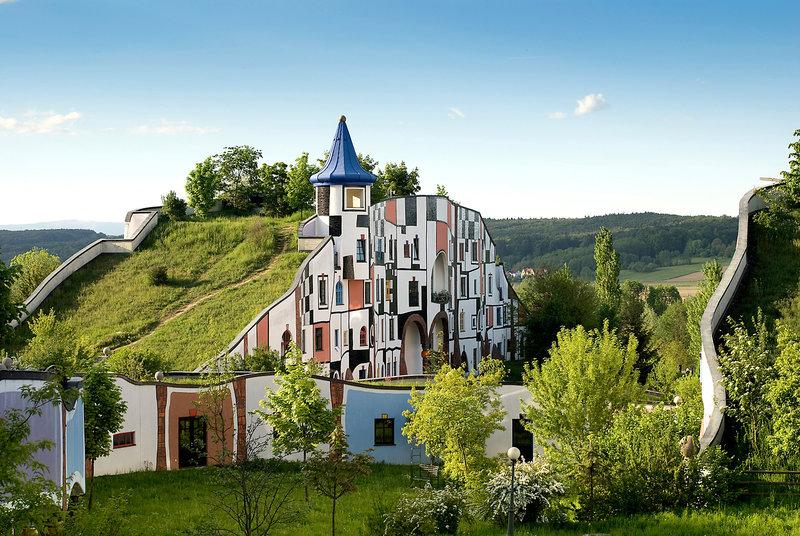 Märchen Reise im Hotel Rogner Bad Blumau Österreich - Wellnessurlaub mal anders