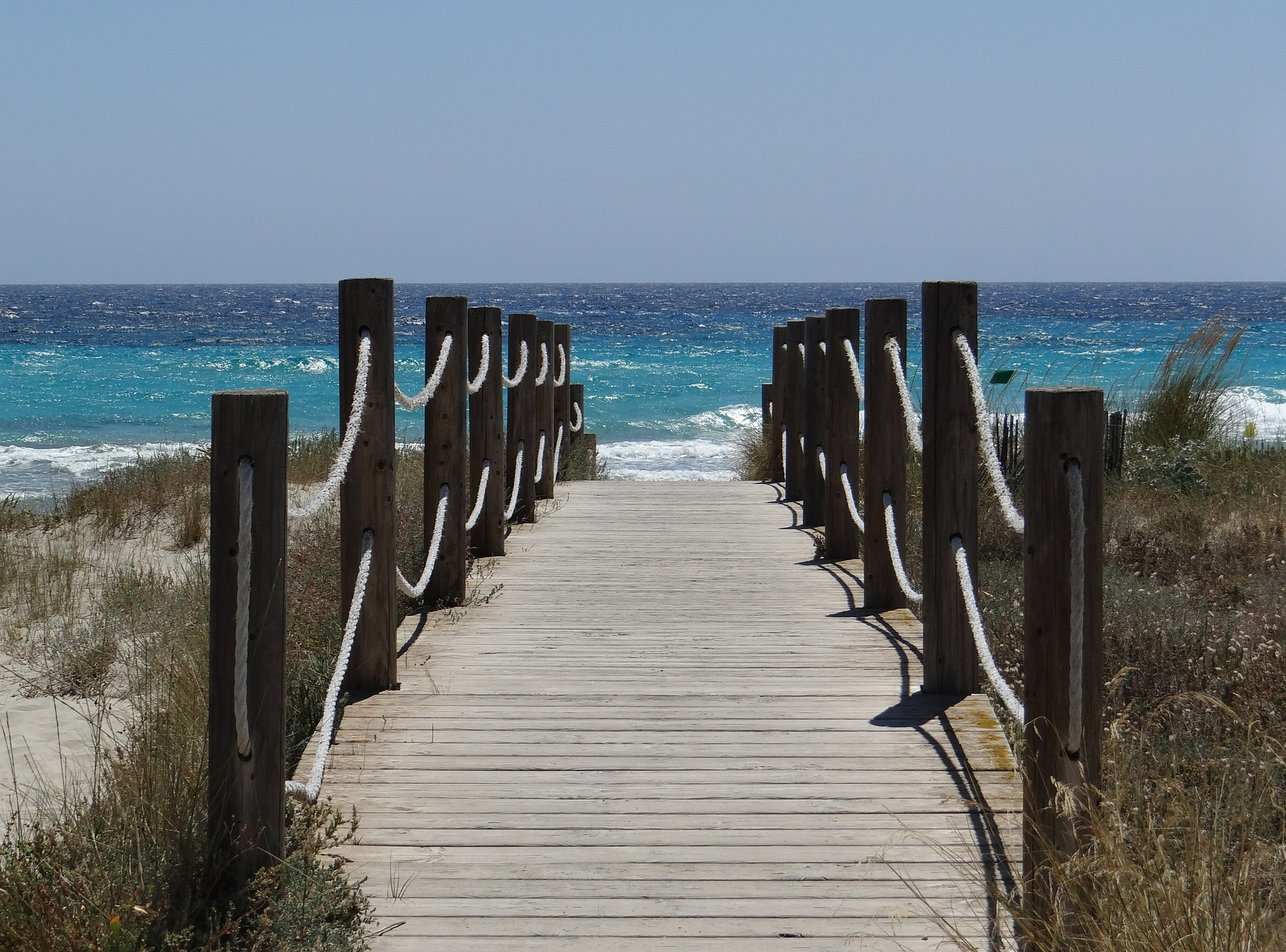 Menorca Steg zum Strand buchen Sie Ihren Urlaub nach Menorca billig wie selten zuvor in einem Appartment