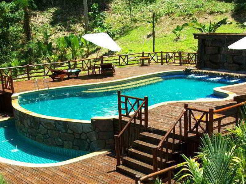 Pool vom günstigsten hotel in der Region bei Phuket Ao Nang cliff View Resort