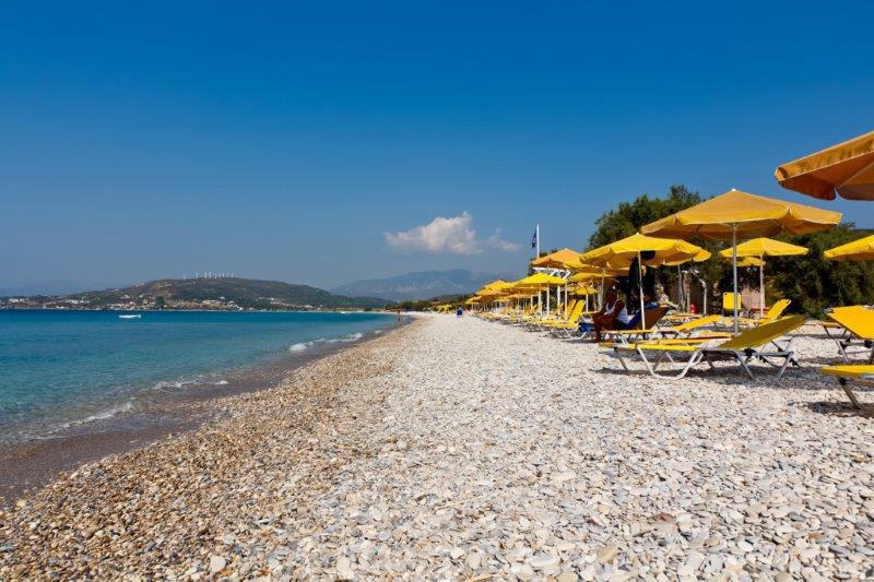 Potokaki Beach bei Mykali direkt am Hotel Badeurlaub auf einer Griechischen Insel im ägäischen Meer