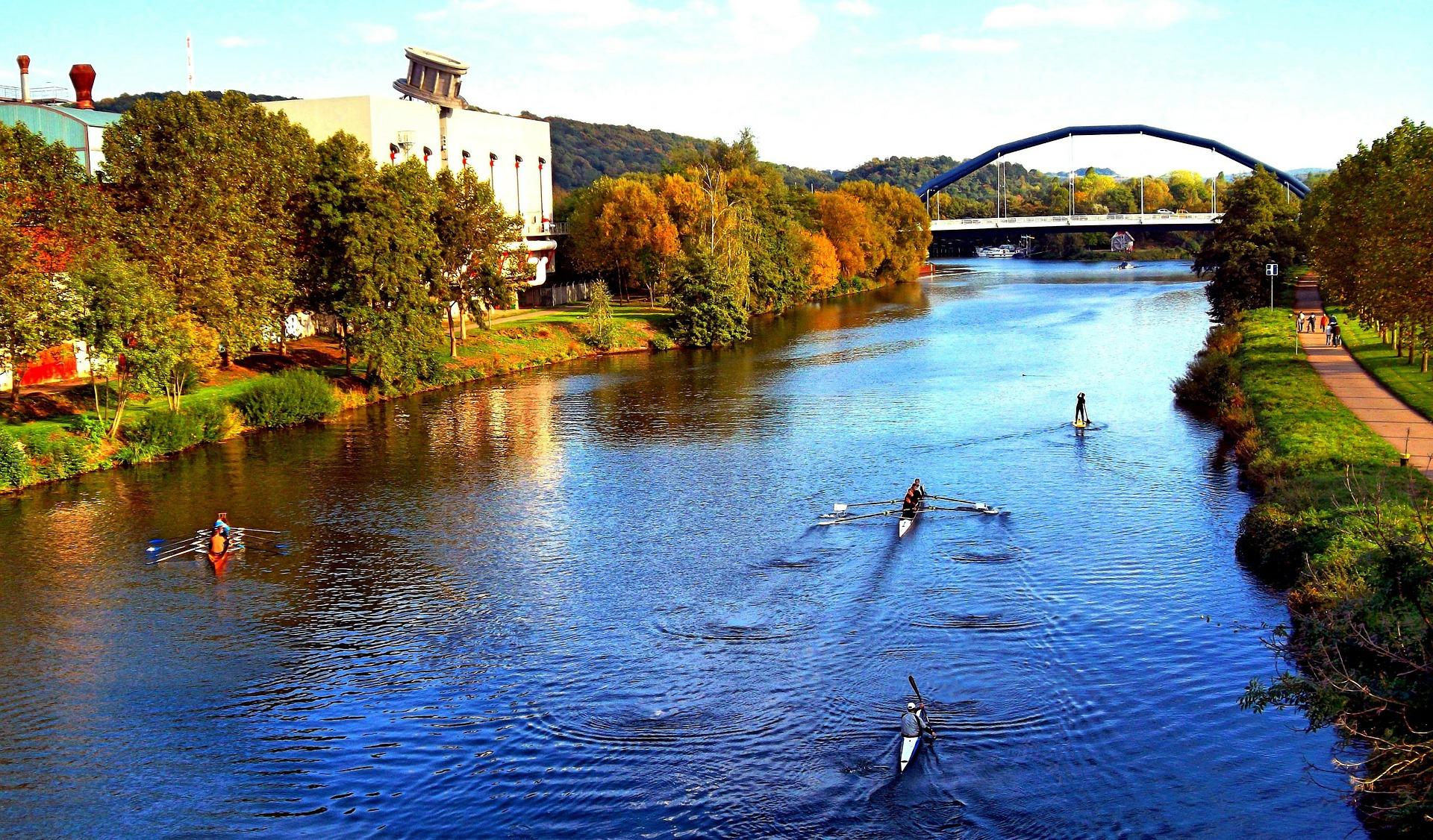 Saarbrücken zur jeder Jahreszeit könnt Ihr am Staden frische Luft schnappen & Drinks an den Ständen bekommen