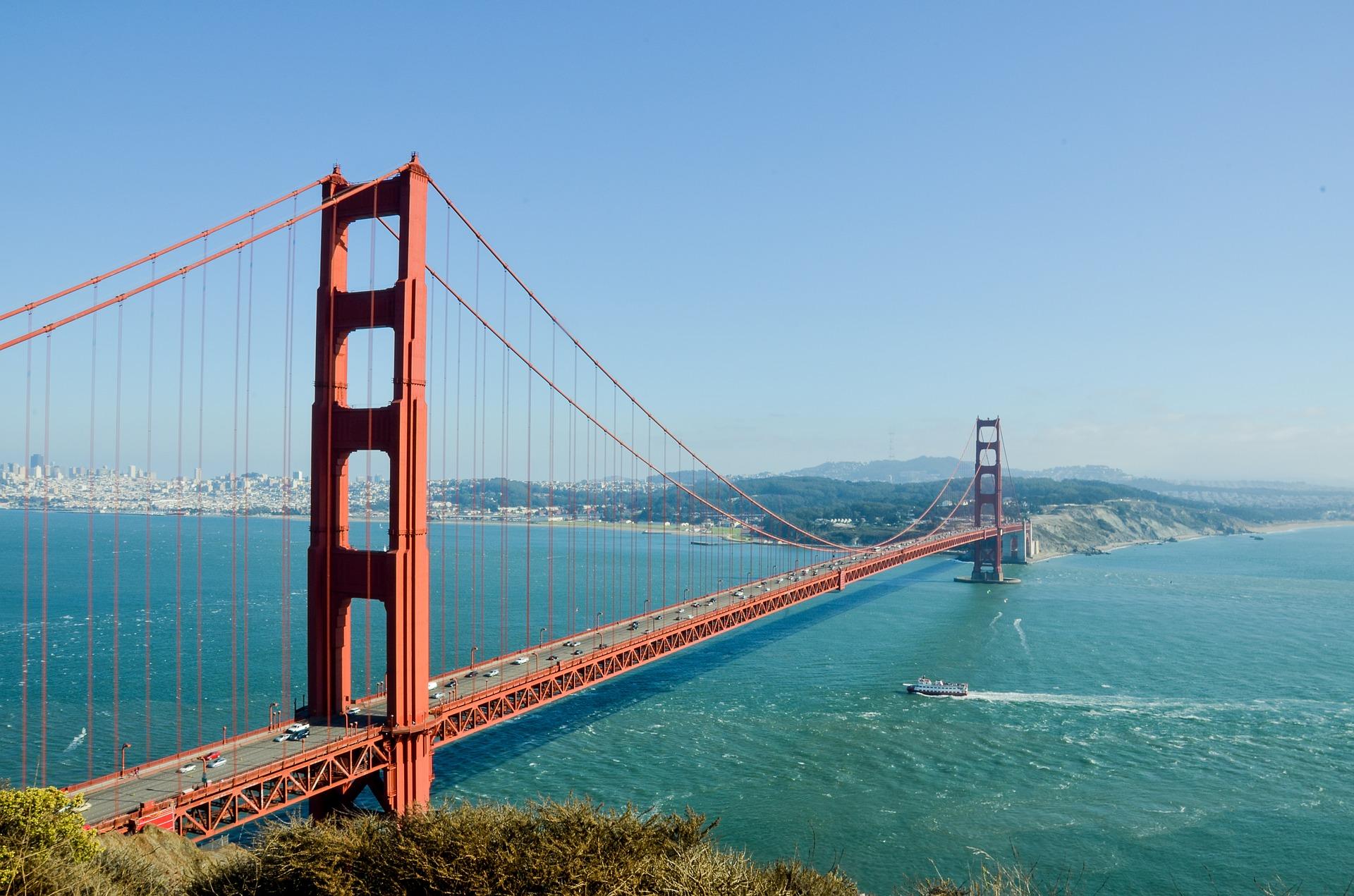 San Francisco - Golden Gate Bridge Mietwagen buchen in USA 10% Rabatt sichern beim Mietfahrzeug in Nordamerika