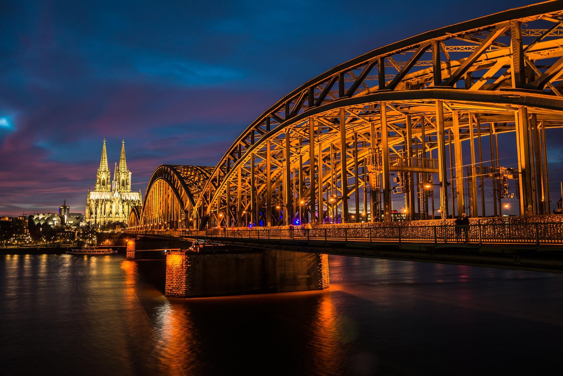 Hamburg nach Köln Städtereisen günstigFlixtrainbuchen