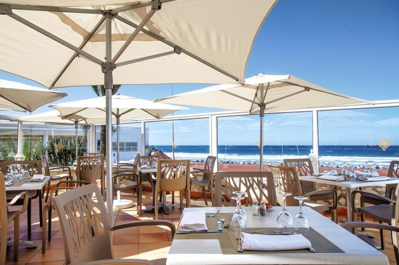 Terasse im Les Dunes d'Or an der Atlantikküste bei Agadir Flug nach Agadir Gratis Labranda Hotel Agadir - All Inclusive 69,00€