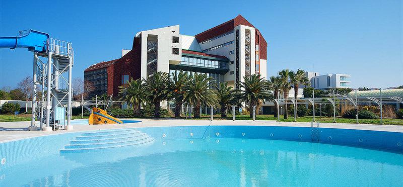 Urlaub an der türkischen Ägäis der Pool vom Grand Hotel Ontur