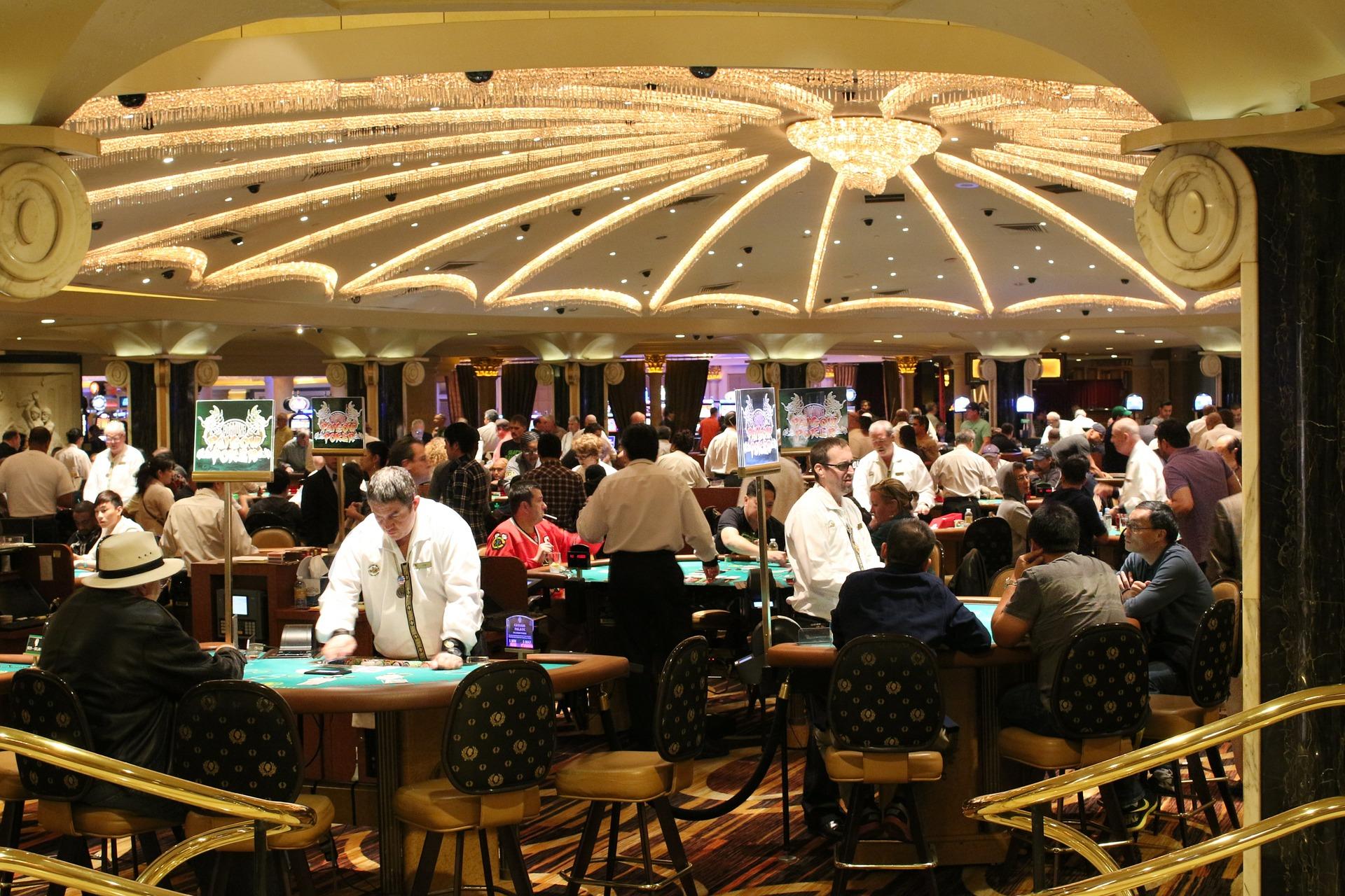 Was haltet Ihr vom Glückspiel - Las Vegas Casino & Hotel sind meinstens eins