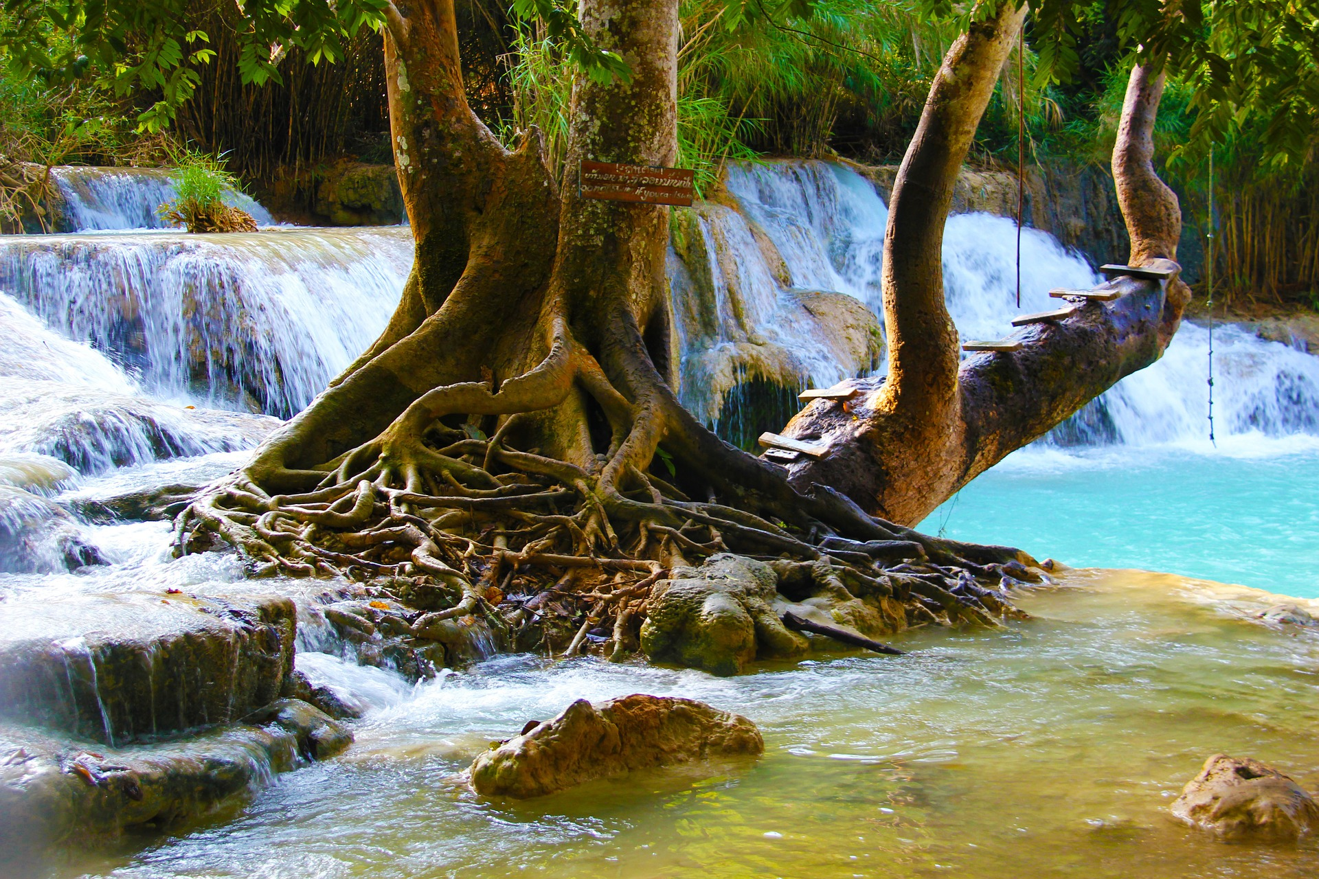 Wasserfälle in Thailand einer der beliebtesten Sehenswürdigkeiten in der freien Natur