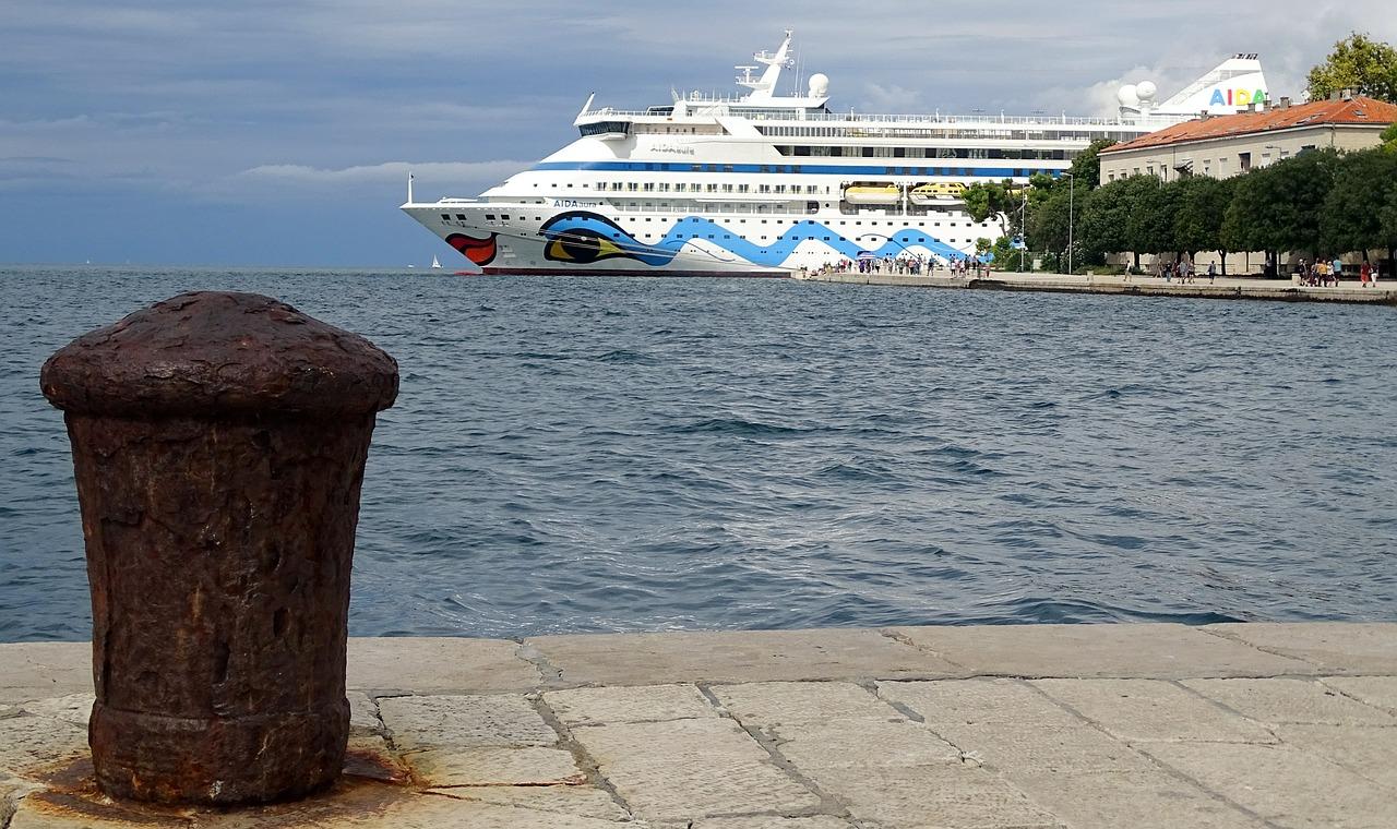 Auch als Kreuzfahrt kannst du die Inseln in Kroatien erkunden