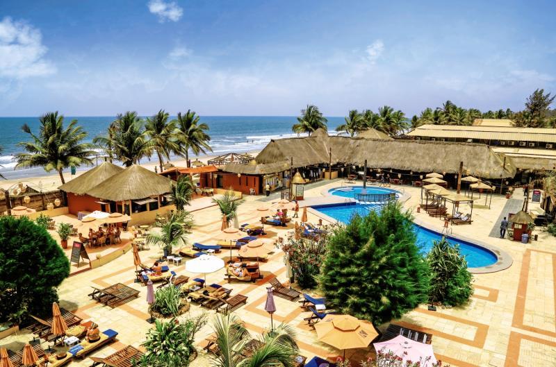 Badelandschaft vom 4 Sterne Hotel am Kotu Beach